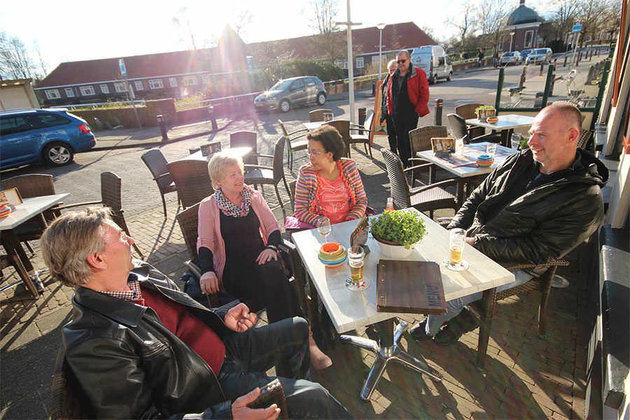 <p>Het terras van cafe Kromme Knilles</p>